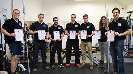 Student gym volunteers complete weightlifting course