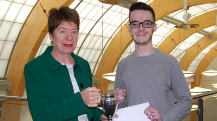 Prize for top business student