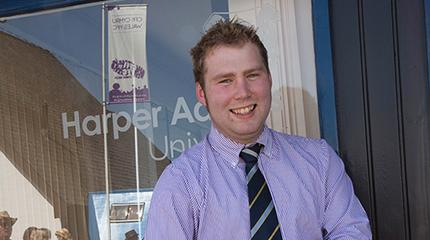 Student scoops Welsh travel scholarship to take him to New Zealand