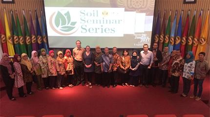 Staff present at international conference and network in Indonesia