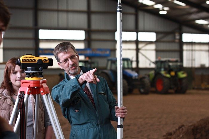 Practical surveying in the soil hall (indoor field)