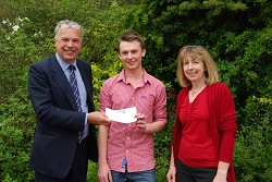 Lewis Smith (centre) with Lecturers Simon Keeble and Emma Pierce-Jenkins