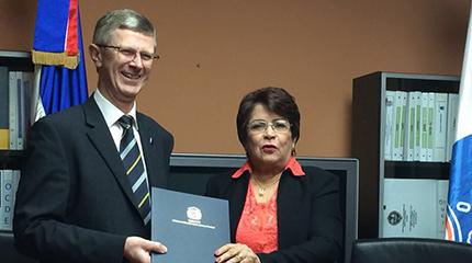 New scholarship agreement signed with the Dominican Republic