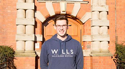 Student raises money to go on tour with the England Lions indoor cricket team to Sri Lanka