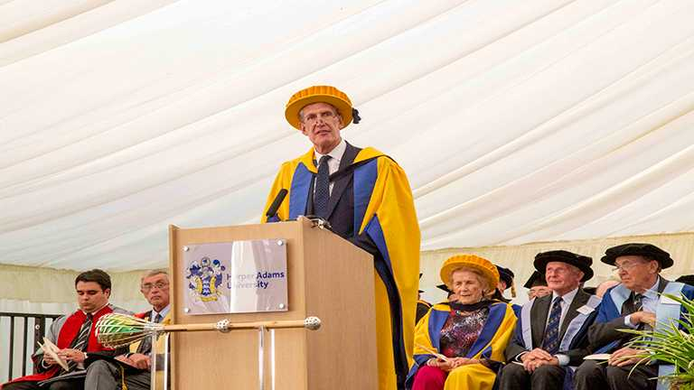 2019 graduates encouraged to be bold and ambitious by honorary degree recipients