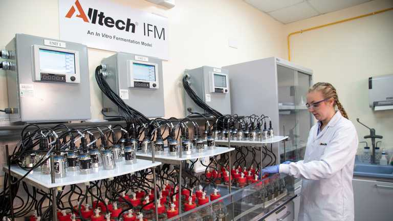 New Alltech IFM™ laboratory opens at Harper Adams University to evaluate digestibility of ruminant rations in Europe