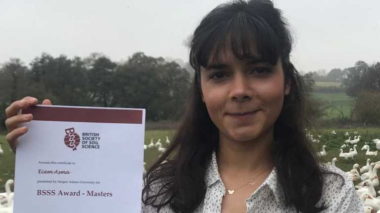 Graduate Prizes 2020: Ecem Asma presented the British Society for Soil Science Award