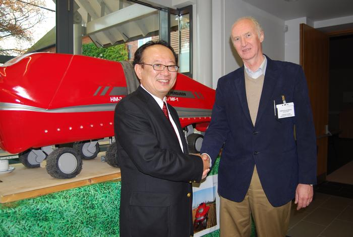 Professor Noburu Noguchi and Professor Simon Blackmore at the IAgrE High Technology for Agriculture seminar