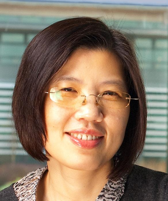 Dr Iona Huang
