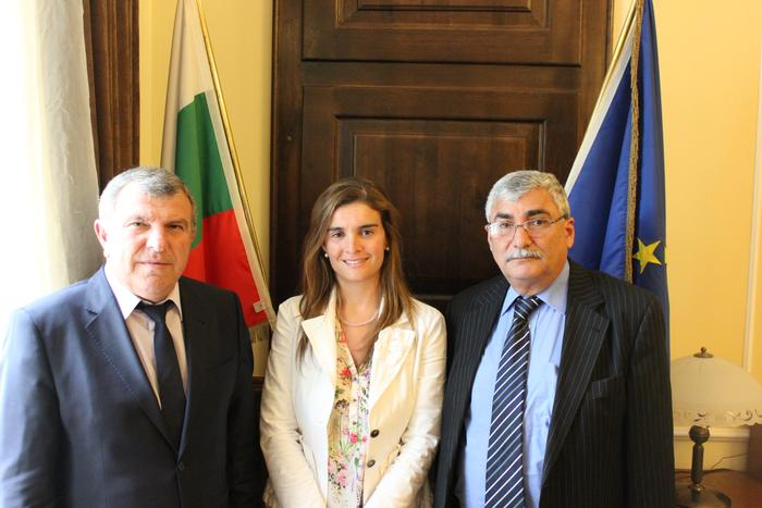 Bulgarian Minister of Agriculture and Food, Dimitrar Grekov, with I.S.L.E partners Dr Chico-Santamarta and Nidal Shaban, University of Forestry, Sofia, Bukgaria