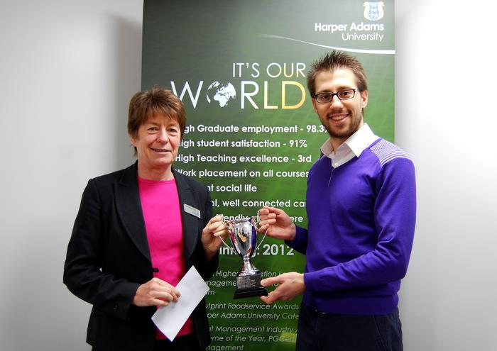 Pam Whitehouse presents the prize to Davide Tortora