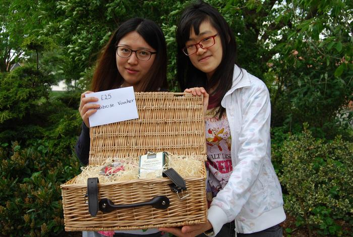 Second prize winners, Jiali Yu and Yikun Li