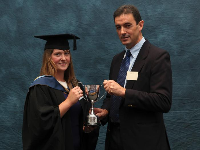 Katie James FdSc Agri-food Marketing with Business Studies, receives the Wynnstay Beef Award from Steve Jarrett, of Wynnstay, at the Harper Adams University graduation prize-giving. The award is presented annually for the best beef project or dissertation.