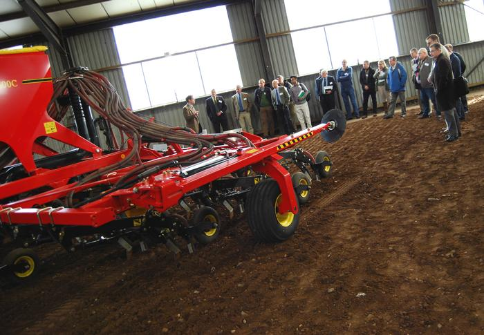 Delegates at the Vaderstad demonstration