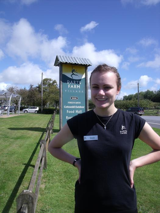Stephanie Bayford on placement at Darts Farm