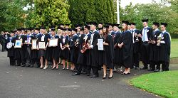 Graduating students and prizewinners.