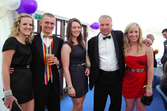 Guest speaker, Simon Keeble with students at the REALM, CELT, engineers and animals dinner