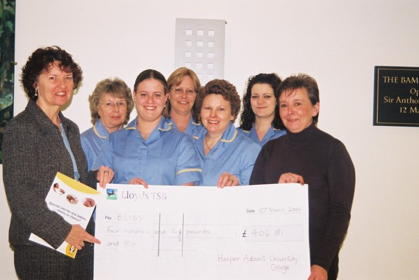 Maxine Warrington presenting the cheque