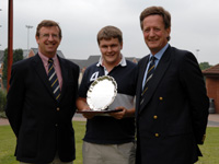 Philip Elliott Receives Philip Oldacre  Memorial Award